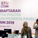 KPU must stay impartial in verifying parties: Election watchdog